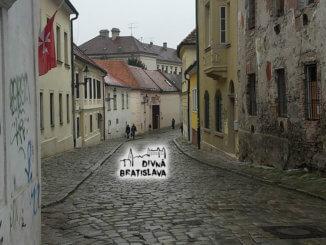 Divné hry - Divná Bratislava